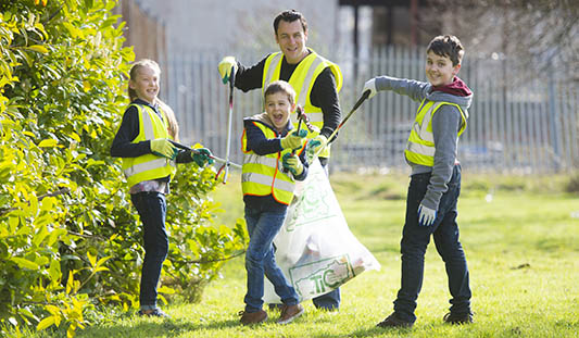 Team Limerick Cleanup Photo: Diarmuid Greene / Fusionshooters