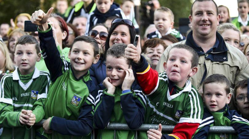 Crowds gather for the Limerick U21 Hurlers Homecoming