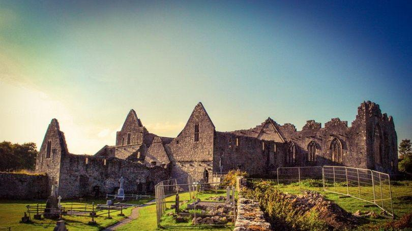 Askeaton Castle and Franciscan Friary 810 x 456