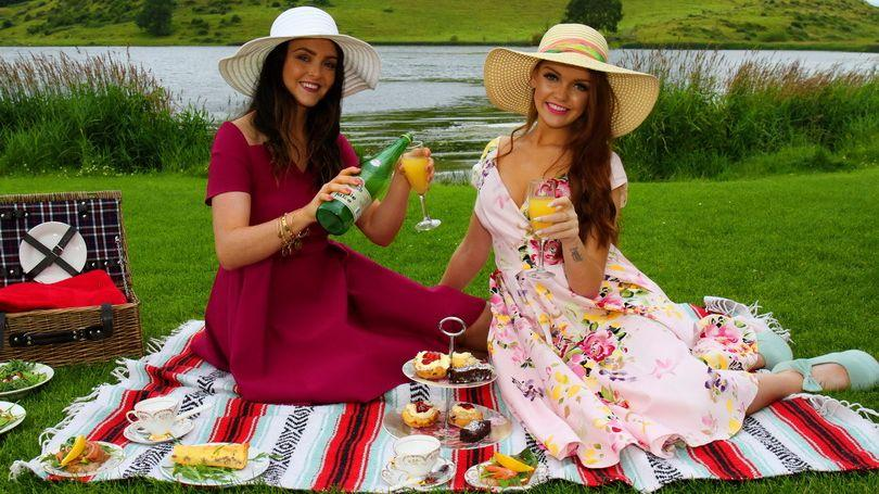 Lough Gur Picnic Basket