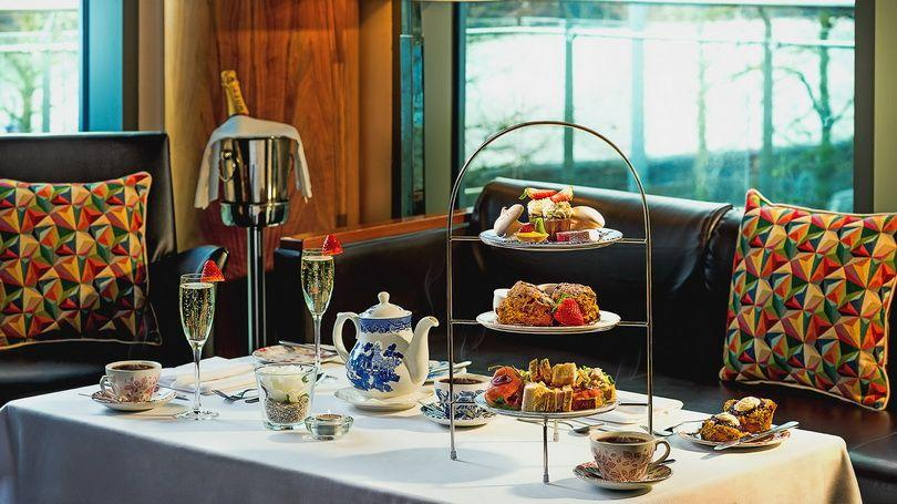 Strand Hotel - afternoon tea 810x456