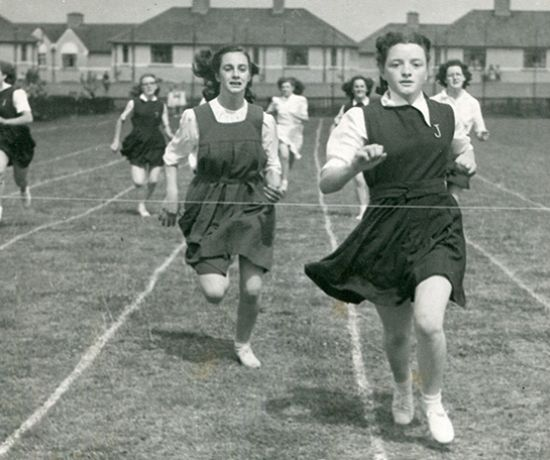 Girls Race - Hunt Museum sports collection - Pic Digital Repository of Ireland